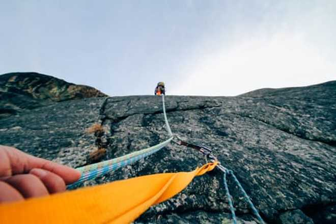 Climbing in France with Aluna voyages