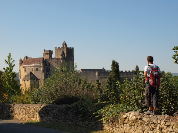 Hiking in the Périgord with Aluna Voyages