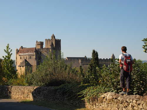 Hikinh in Occitan region with Aluna voyages